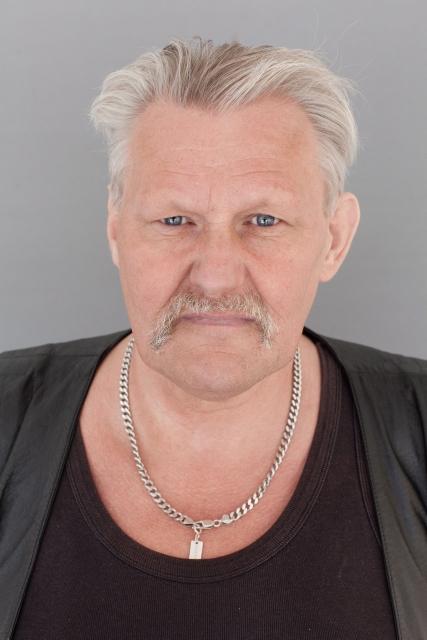 Porträtt av Kenneth, Farsta torg.