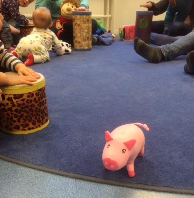 Glada grisar påGladan
